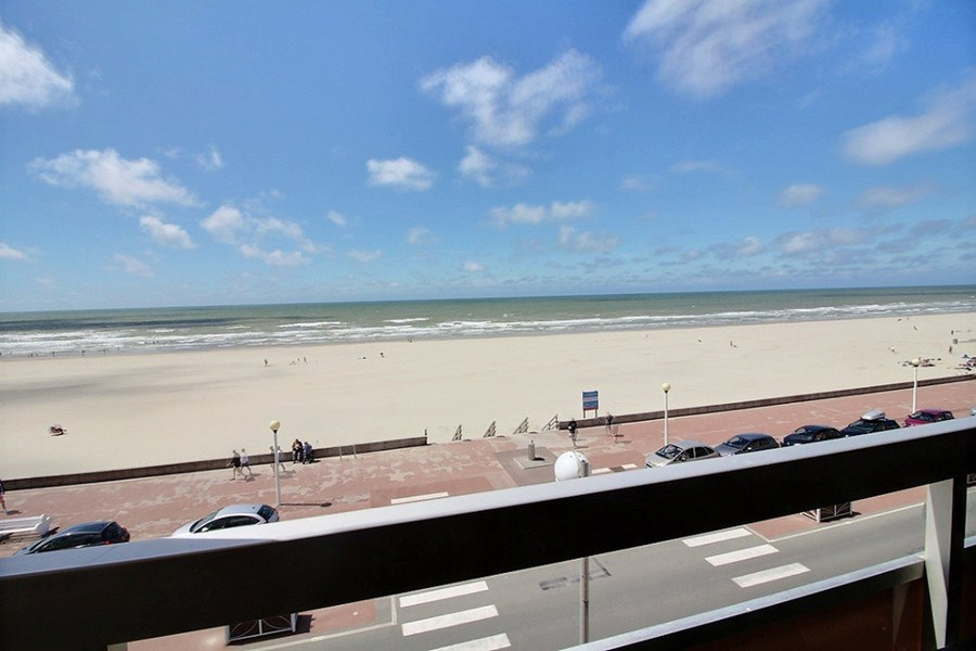 Le GRAND LARGE  T2 BERCK